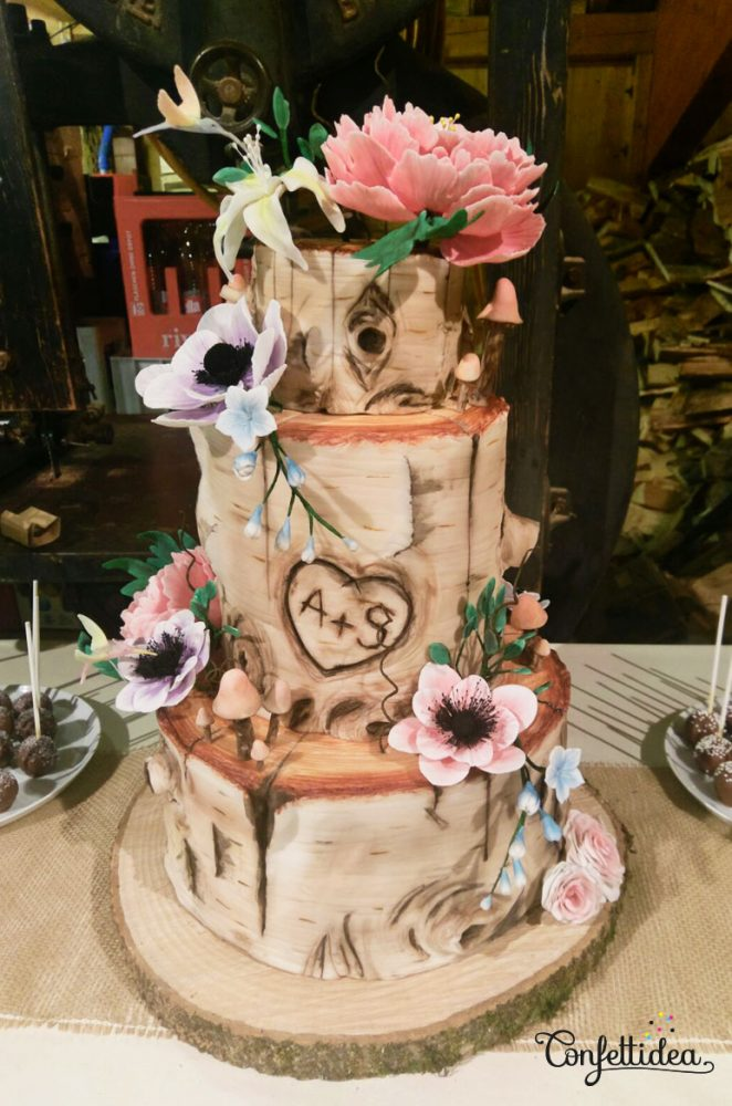 wood wedding cake hummingbird