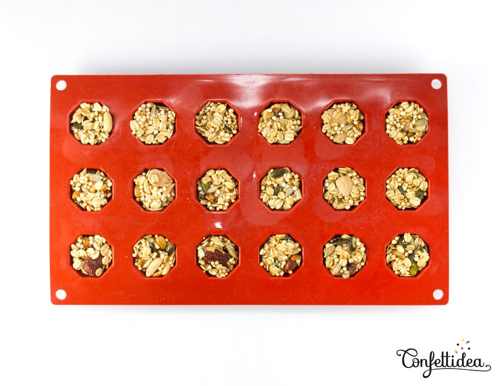 A Healthy Way to Make Granola Bars